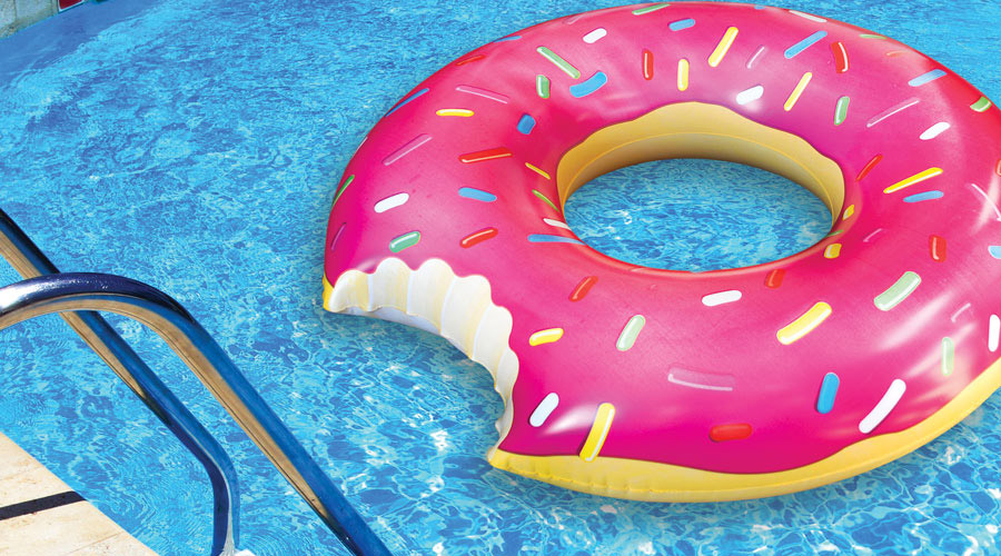Donut pool float swimsuit department for Salvavidas para piscinas